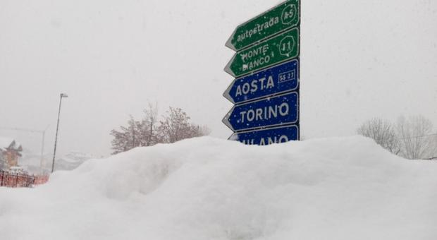 3421379_0922_ghiaccio_e_neve_traffico_tilt.jpg