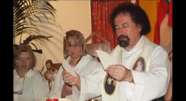 Sacerdote arrestato a Catania per abusi su minori
