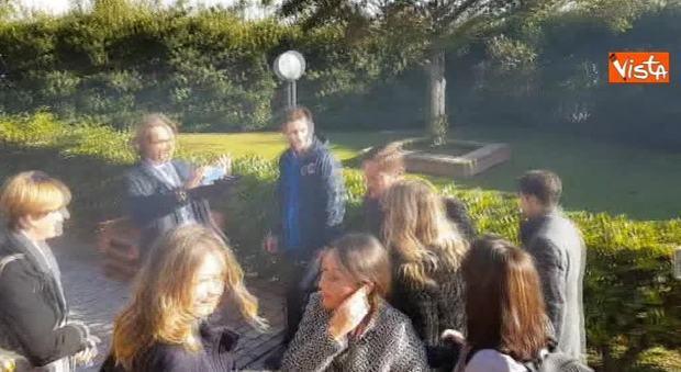 Francesco Totti a Ostia Antica: un calcio contro il femminicidio